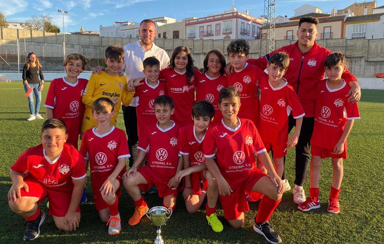 La escuela de fútbol utrerana, en la final de Andalucía del mundialito Danone Nations Cup