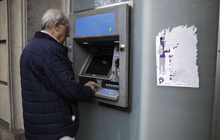 El alcalde de Utrera envía algunas recomendaciones a las personas mayores que cobran esta semana las pensiones (VÍDEO)