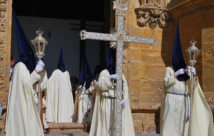 La hermandad de la Quinta Angustia celebra sus bodas de oro con un pregón y el estreno de dos marchas procesionales