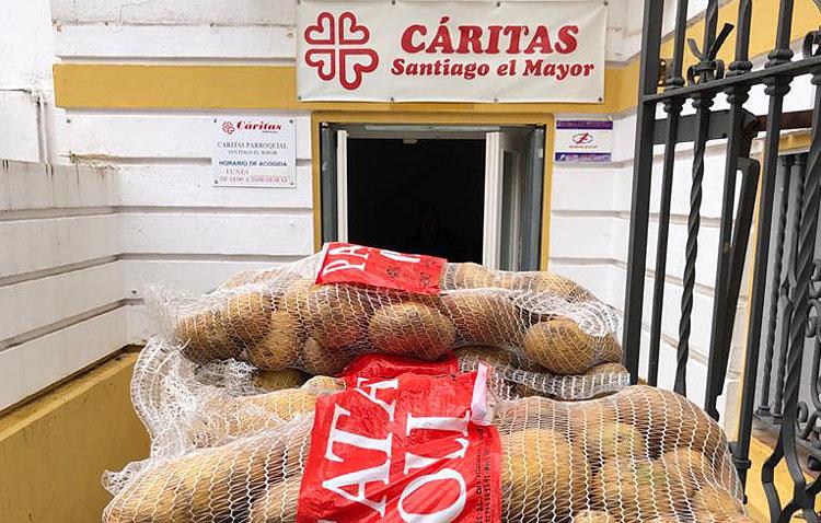 La coordinación de Cáritas, Cruz Roja y el comedor social junto a Servicios Sociales para canalizar la ayuda a los utreranos