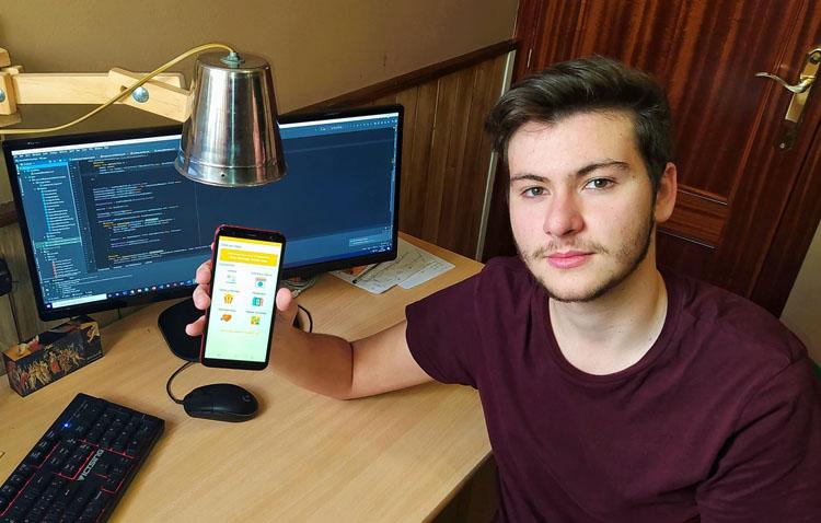 Un joven utrerano crea una aplicación móvil con numerosos recursos gratuitos para pasar el confinamiento