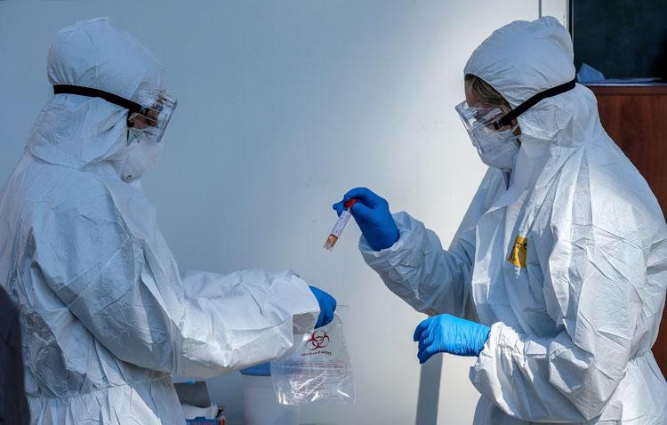Un nuevo positivo eleva a cinco los casos de coronavirus en Utrera, aunque «todos importados y sin transmisión comunitaria»