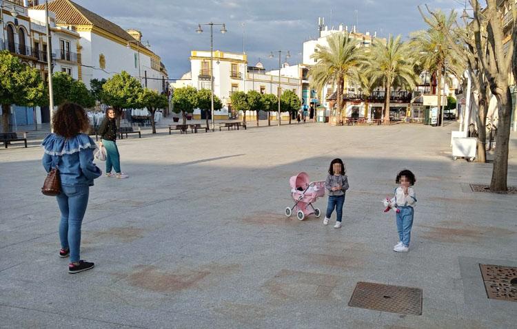 Las calles de Utrera vuelven a llenarse con la alegría de los más pequeños (IMÁGENES)