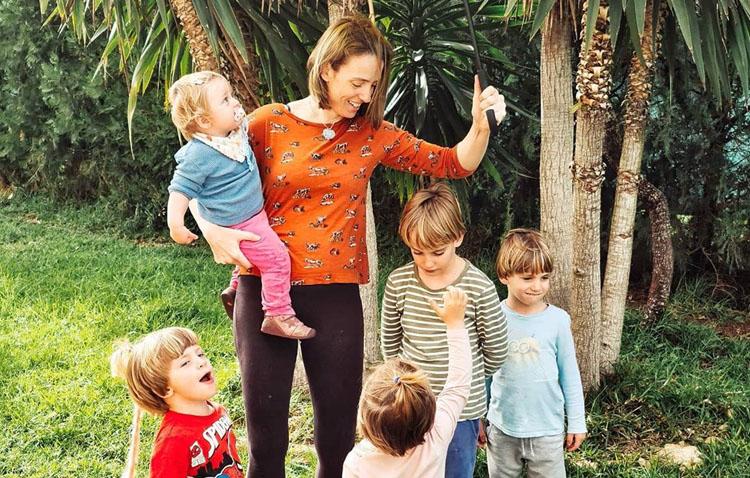 El confinamiento de una familia de Utrera con cinco hijos (VÍDEO)