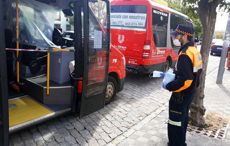 Mascarillas para los utreranos que viajen en el tren de Cercanías y autobús
