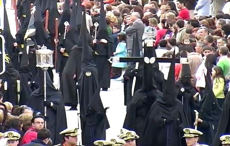 Un recuerdo visual al Santo Entierro Grande de Utrera de 2007 (VÍDEO)