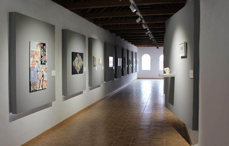 La actividad cultural vuelve a la vida en Utrera con la reapertura de la exposición «Inspiradoras» en la Casa Surga