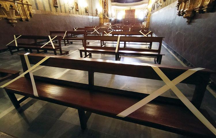 Otros dos templos reabren en Utrera con la fase 2 para celebrar eucaristías