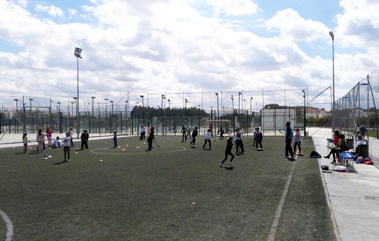 Las pistas de fútbol y baloncesto de Utrera vuelven a la actividad