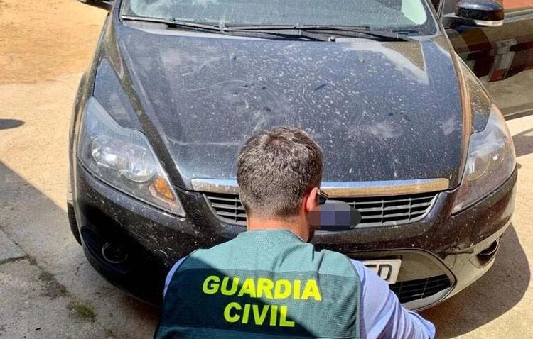 Dos detenidos en Utrera por la venta de vehículos robados a los que se les falsificaban las matrículas