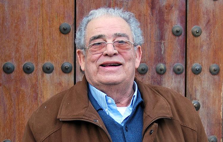 Fallece el conocido utrerano Antonio Carmona González