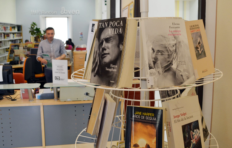 Literatura y nuevas tecnologías, unidas gracias al nuevo club de lectura virtual de la biblioteca de Utrera