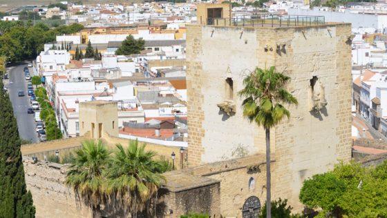 La comisión provincial de Patrimonio da luz verde a la recuperación de los espacios públicos en torno al castillo de Utrera