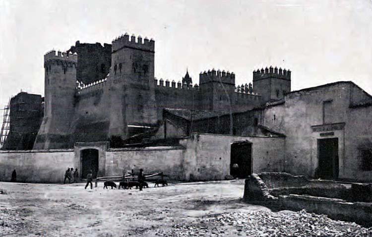 La Utrera en blanco y negro vuelve a la vida gracias a una colección de postales editadas por la Diputación