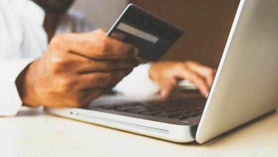 ¿Por qué los comercios pequeños necesitan vender por internet?