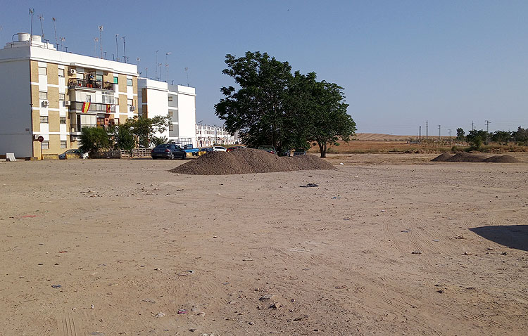 El Ayuntamiento de Utrera prepara una actuación vital para acabar con el histórico problema de la explanada del Matadero