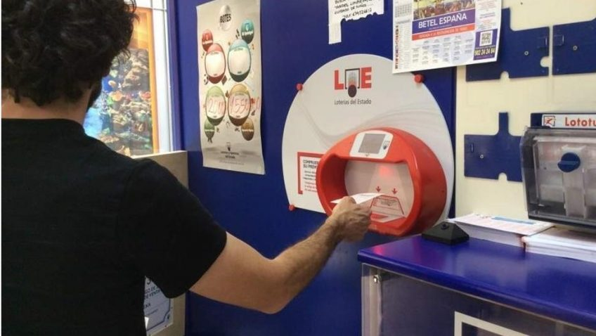 La Lotería Nacional deja este sábado en Utrera su segundo premio íntegro y parte del primero