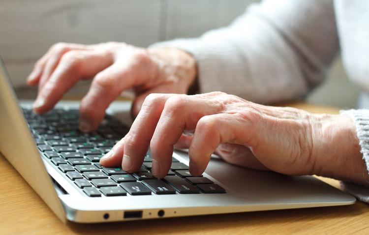La Cámara de Comercio organiza en Utrera un curso de informática básica y trámites con la administración