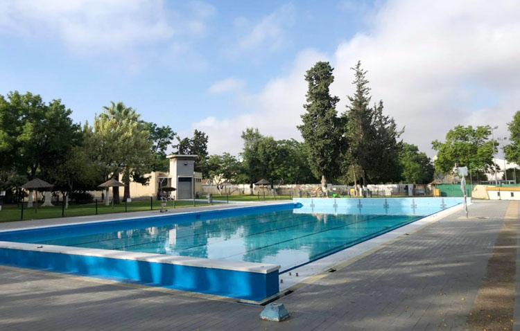 La piscina de Utrera flexibiliza la compra de entradas y pone en marcha abonos de temporada
