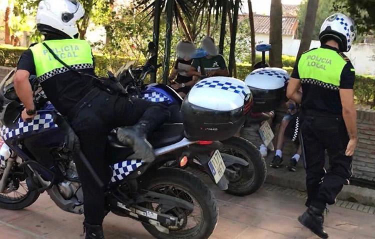 Utrera eleva a 27 las multas en dos días por no usar la mascarilla