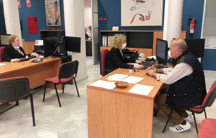 El Ayuntamiento de Utrera atendió en junio a «más personas que nunca», alcanzando la cifra de 10.000 ciudadanos