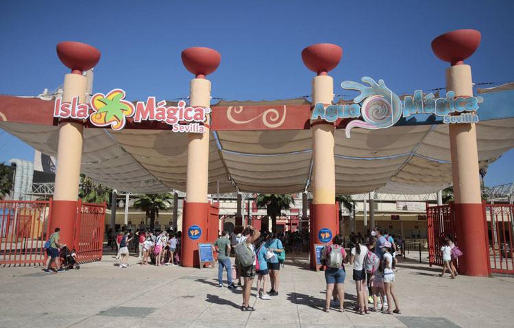 Isla Mágica celebra los «Días de Utrera», con descuentos en las entradas tras el acuerdo alcanzado con el Ayuntamiento