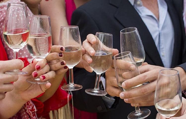 El alcalde de Utrera pide «un ejercicio de responsabilidad» y evitar fiestas privadas durante los días de la feria