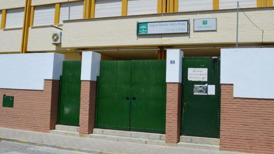 El colegio Coca de la Piñera pone en cuarentena una de sus aulas por el positivo de un alumno