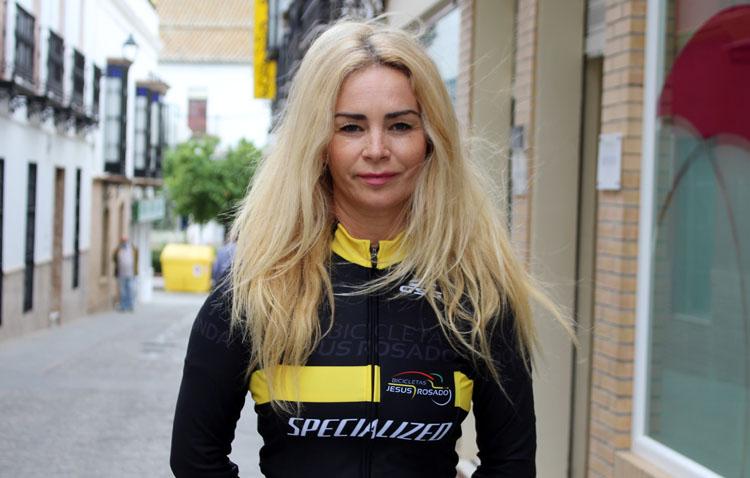 Anne Calvo: «El ciclismo me aporta felicidad en mayúsculas»
