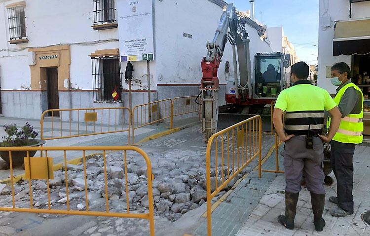 La calle Molino renovará sus canalizaciones y establecerá plataforma única para mejorar la accesibilidad