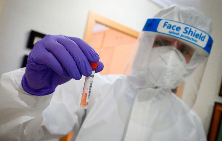 La tasa de contagios salta en Utrera a 289 por cada 100.000 habitantes en un lunes con 24 nuevos positivos y 68 curados