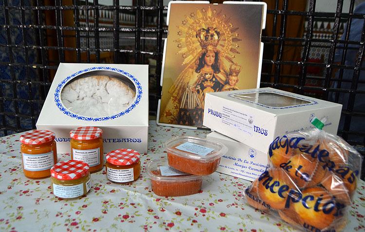 Los dulces de las Madres Carmelitas, en un evento de Sevilla para suplir la ausencia de la muestra anual en el Alcázar