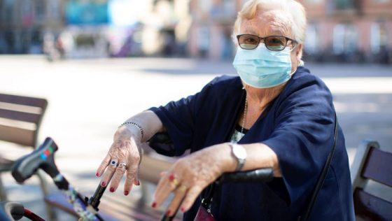 Juntos por Utrera pide al Ayuntamiento que reparta mascarillas reutilizables a las personas mayores y pensionistas
