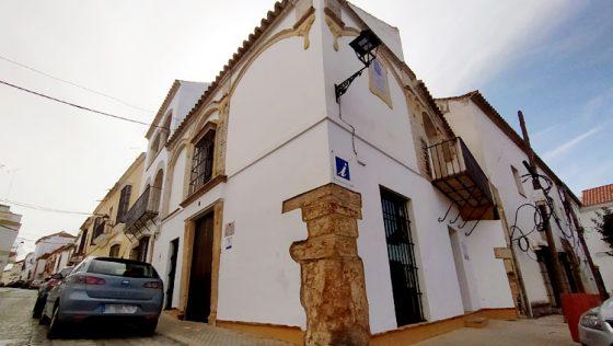 La comisión local de Patrimonio da luz verde al centro de recepción y albergue de peregrinos en la oficina de Turismo