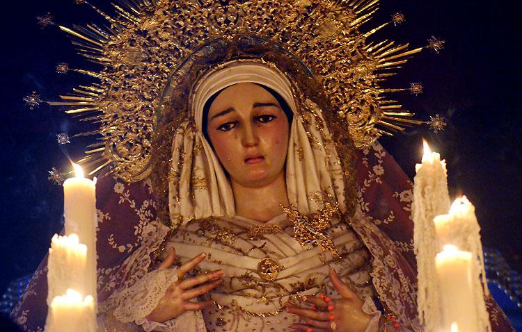 Cultos en la hermandad de los Estudiantes en honor a la Virgen de las Veredas