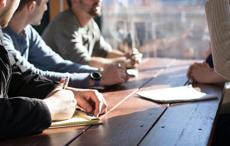 Una veintena de desempleados podrán optar a un contrato temporal gracias al plan municipal «Inserta Empleo Utrera»