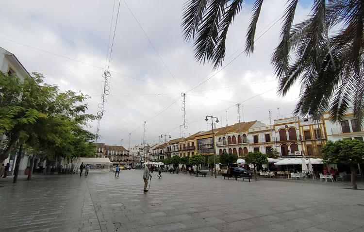 Juntos por Utrera presenta una veintena de propuestas para «paliar los efectos del paro y mejorar la situación de la ciudad»