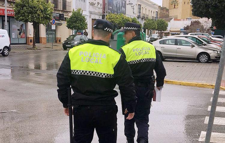 La Policía Local de Utrera detecta «más casos de los deseables» de personas que no guardan la cuarentena domiciliaria