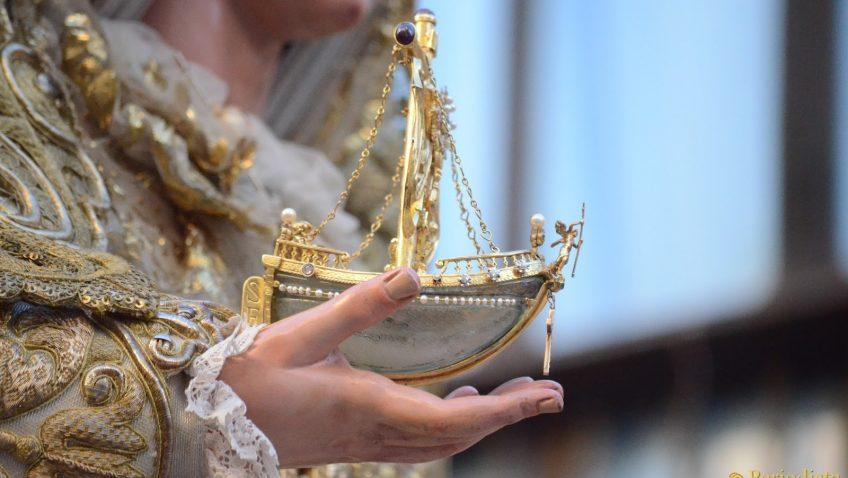El barquito de la Virgen de Consolación, una de las joyas robadas en la sevillana hermandad de la Sed