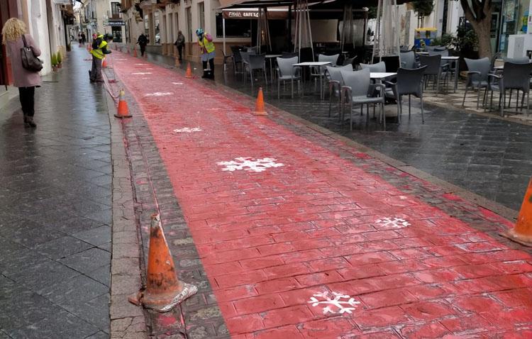 La lluvia se lleva por delante la alfombra roja navideña de apoyo al comercio de Utrera