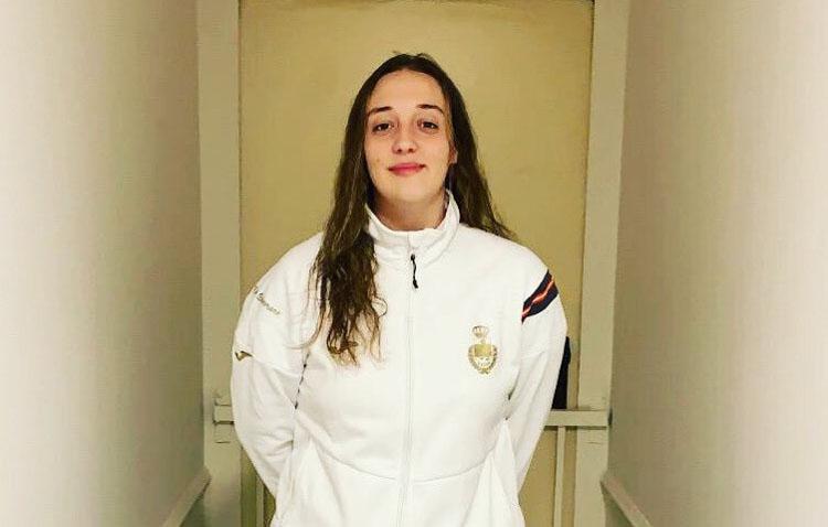 La utrerana Andrea Moreno, con la selección nacional de balonmano playa en el regreso a la actividad