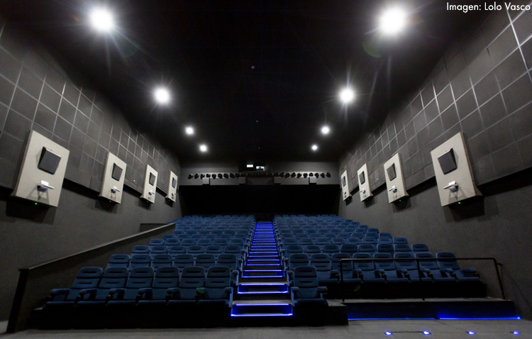 El cine de Utrera, uno de los dos que resisten abiertos en toda la provincia