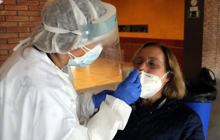 La tasa baja por primera vez en dos semanas en Utrera y se sitúa en 277 contagios por cada 100.000 habitantes