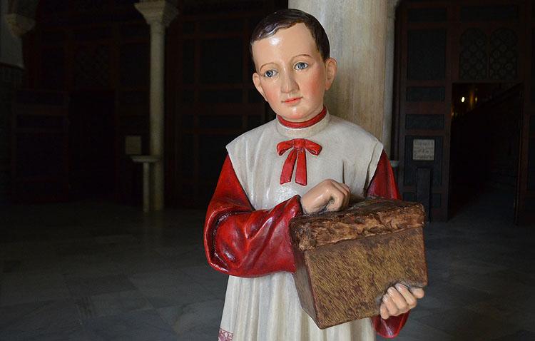 El monaguillo de Consolación, un testigo paciente de la historia de Utrera a lo largo de más de cien años