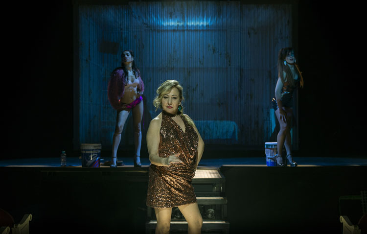Carmen Machi, Nathalie Poza y Carolina Yuste llegan a Utrera con «Prostitución», una obra teatral basada en testimonios reales