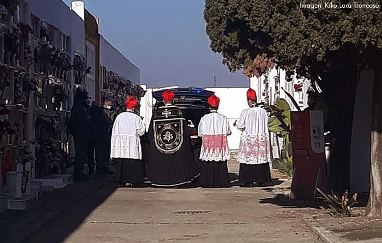 El brote en la iglesia palmariana, origen de las duras restricciones en El Palmar de Troya pese a no existir relación con la secta