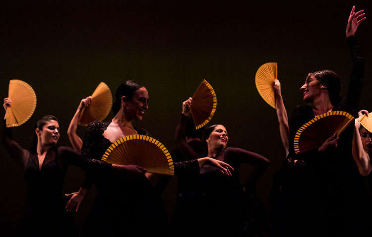 El Ballet Flamenco de Andalucía visita el teatro de Utrera con un espectáculo por sus bodas de plata