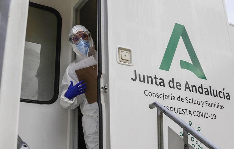Utrera vive este miércoles su segundo cribado masivo de la pandemia