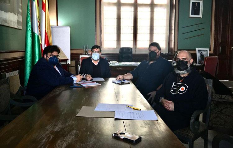 El Ayuntamiento destinará 300.000 euros para que los hosteleros de Utrera adapten sus veladores a la nueva ordenanza