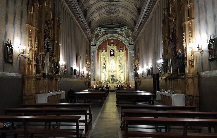 Una tarde de adoración eucarística de acción de gracias por el 125º aniversario de la asociación de María Auxiliadora de Utrera